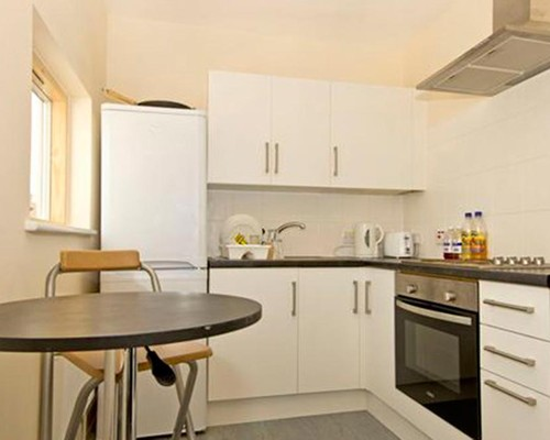 malden chat rooms 'comfortable single room in malden' homestay malden host family accommodation with souad in malden, malden for a real travel experience.
